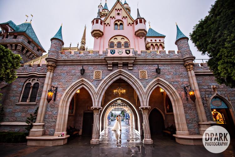 disneyland-castle-wedding-photography