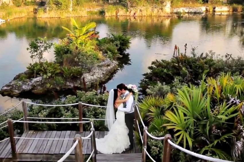 playa-del-carmen-mexico-wedding-filmmaker-videographer