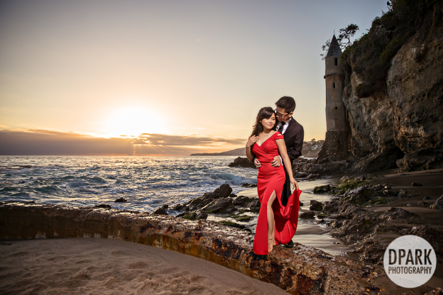 illinois-destination-california-beach-engagement-photographer