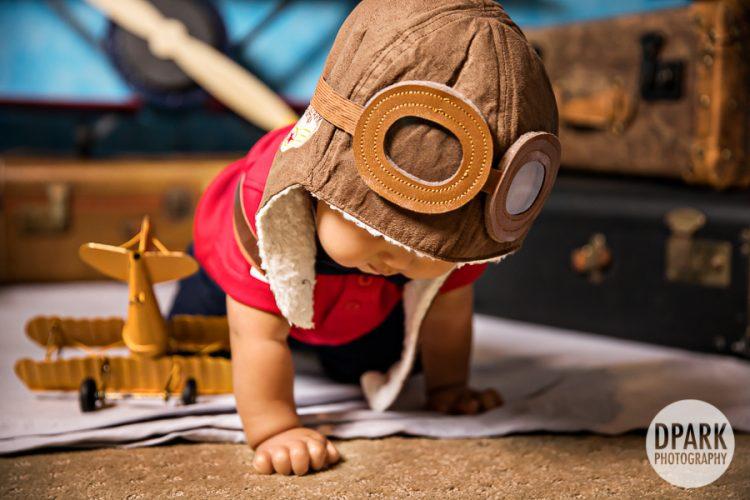 first-birthday-picture-boy-airplane-aviator