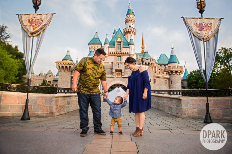 castle-princess-fairy-tale-family-photoshoot