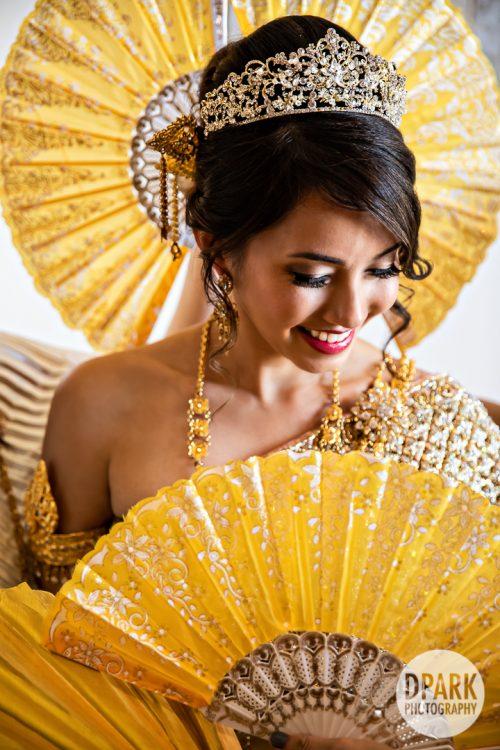 cambodian-fan-bridal-portrait-wedding