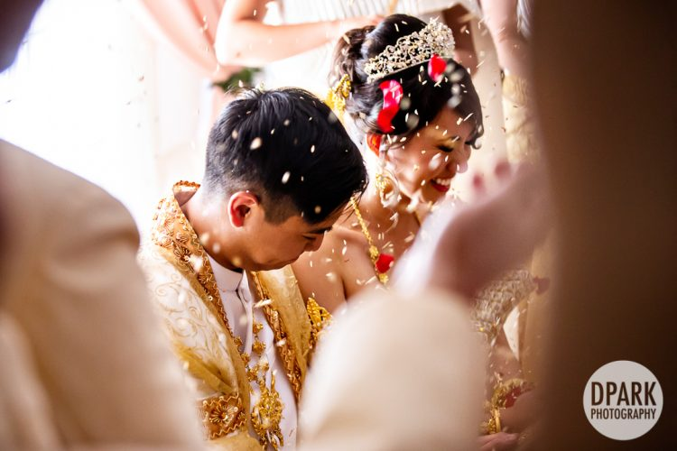 knot-tying-cambodian-wedding-ceremony-photography