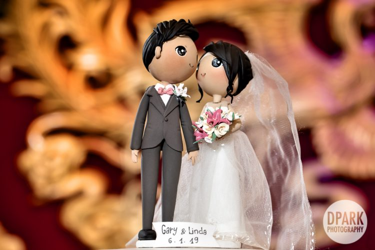 chinese-cambodian-wedding-cake-topper