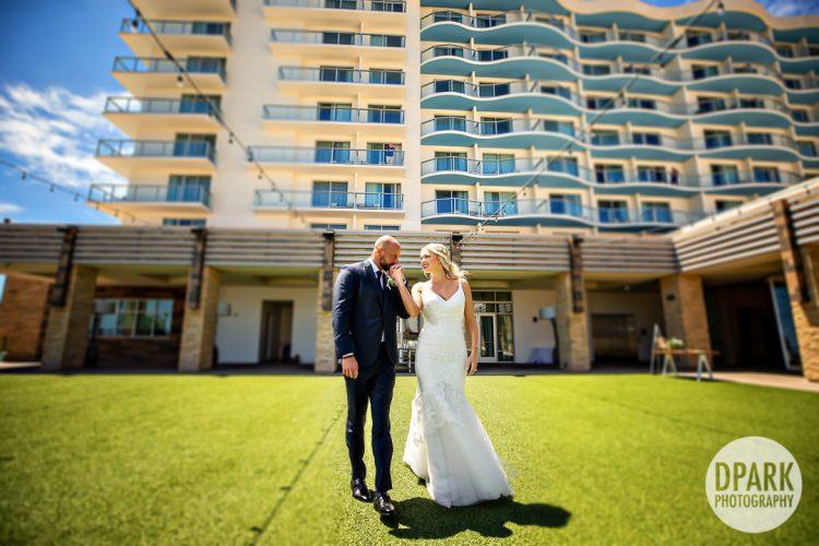 pasea-hotel-huntington-beach-wedding-romantics-pictures