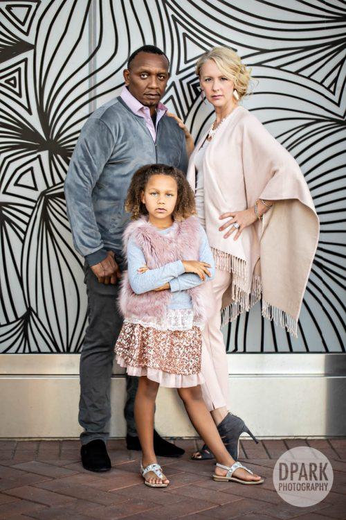 irvine-spectrum-kenyan-caucasian-modern-christmas-family-photographs