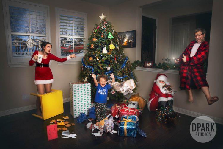 genius-brilliant-home-alone-santa-clause-disaster-photographer
