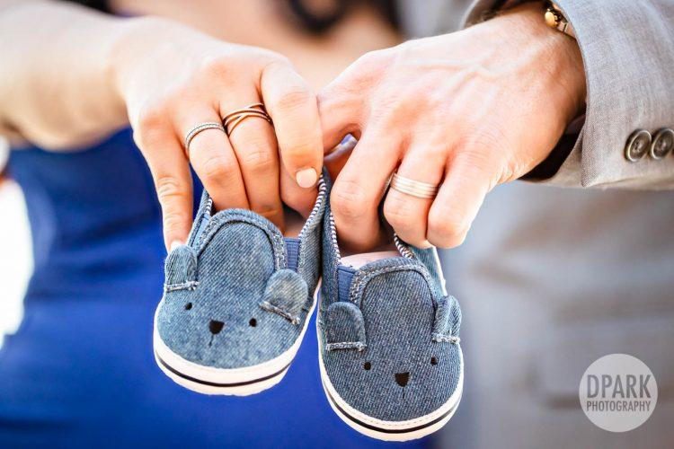 creative-maternity-2020-photography-ideas