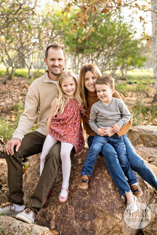 oc-social-distancing-safe-family-photographer-covid