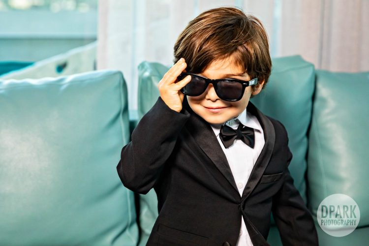 best-ringbearer-creative-bridal-party-photo